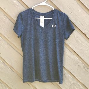 Under Armour Tops - Under Armour Heat Gear Short Sleeve